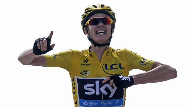 Cycling - Froome signs contract extension at Team Sky