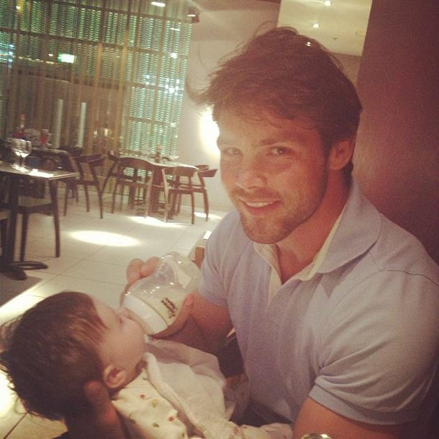 Celebrity photos: England rugby star Ben Foden was reunited with his daughter Aoife Belle after three weeks on tour with his squad. His fiancée and Saturdays singer Una Healy tweeted this adorable sna