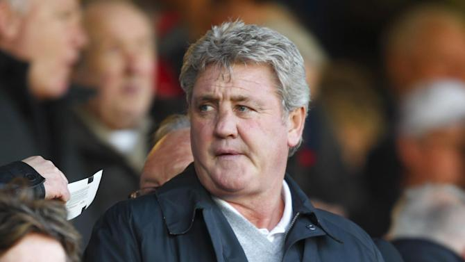 Steve Bruce has been set a target of winning promotion for Hull this season
