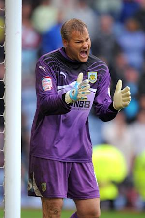 Brian Jensen has signed a new deal at Burnley