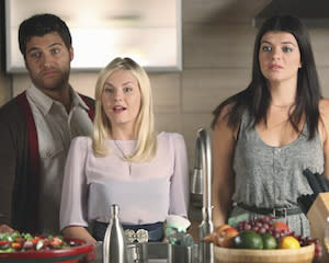Report: Happy Endings May Jump to USA Network If ABC Cancels Cult Fave
