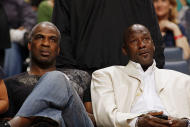 NBA calls on Michael Jordan to broker peace between Charles Oakley and the Knicks