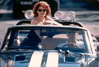 Rene Russo and Pierce Brosnan in The Thomas Crown Affair