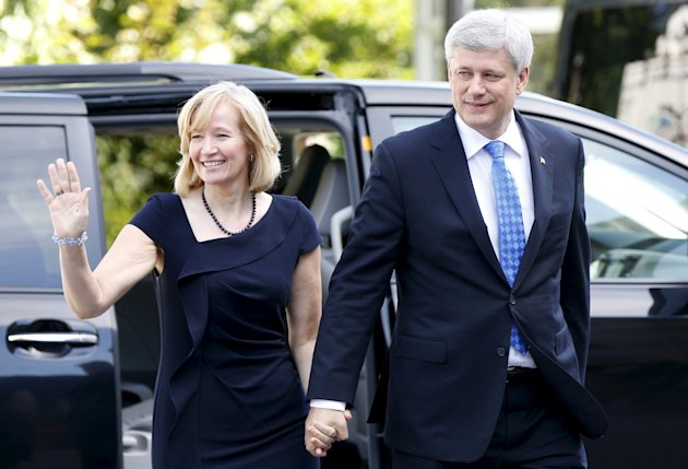 Stephen Harper and his wife Laureen Harper arrive at Rideau Hall August 2, 2015. (Reuters)