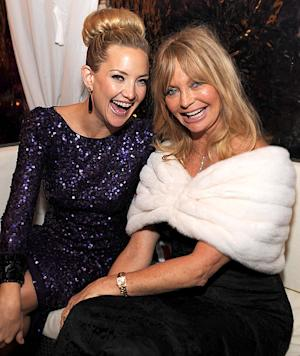 How Kate Hudson Will Spend Christmas With Sons, Mom Goldie Hawn