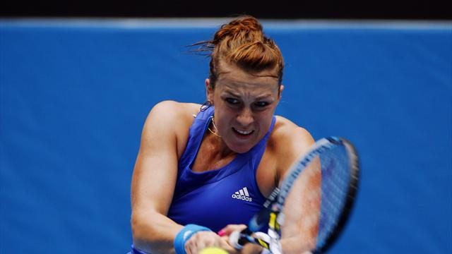 Tennis - Pavlyuchenkova beats Errani to claim Paris title