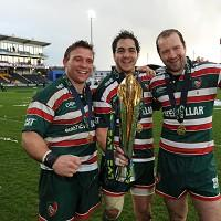 Tom Youngs (left)