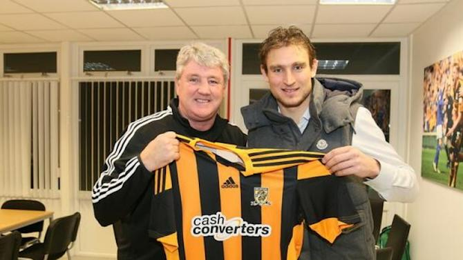 Jelavic joins Hull, freeing up Everton number 7 for Aiden McGeady