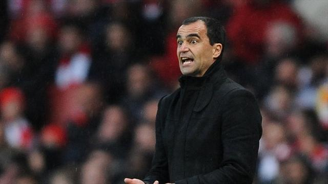Premier League - Everton rebuff Whelan claims on Martinez