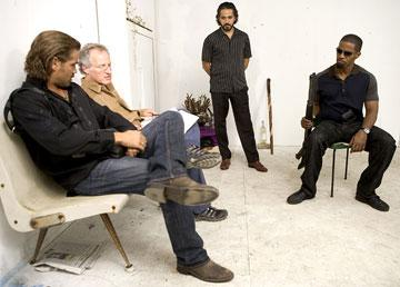 Colin Farrell , director Michael Mann , John Ortiz and Jamie Foxx on the set of Universal Pictures' Miami Vice