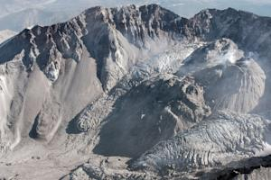 Video: Mount St. Helens' Lava Dome Shoves a Glacier