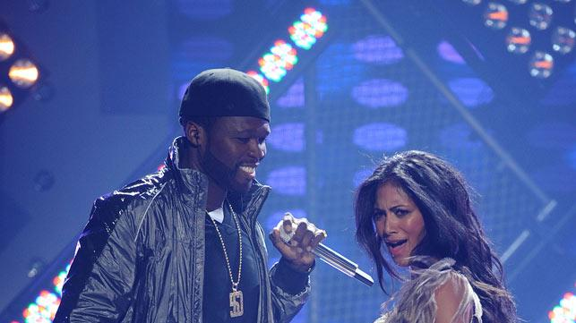 "50 Cent and Nicole Scherzinger perform ""Right There"" on ""American Idol."""