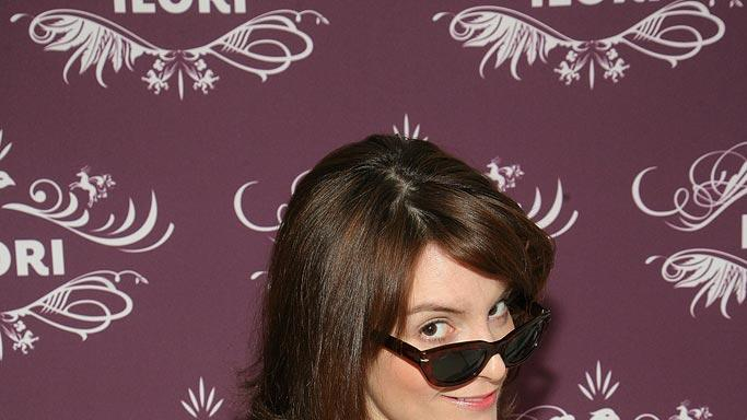 Tina Fey attends The Luxury Lounge in honor of the 2008 SAG Awards. - January 27, 2008