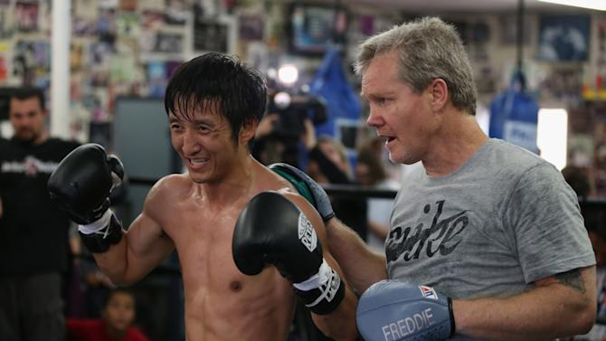 Zou Shiming Media Workout