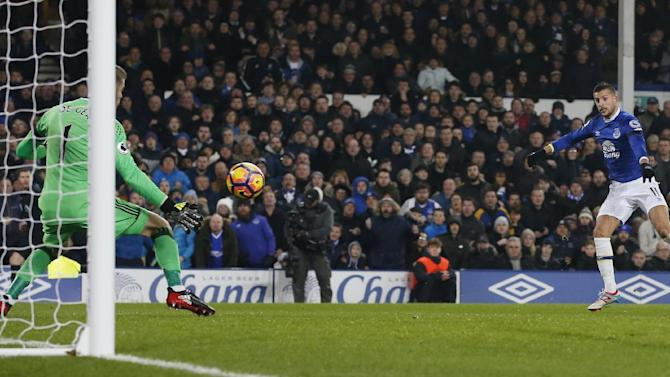 Manchester United's David De Gea saves from Everton's Kevin Mirallas