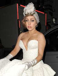 Lady Gaga shaves head in tribute to Terry Richardson's mother