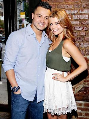 JoAnna Garcia Expecting First Child With Nick Swisher!