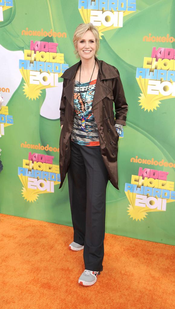 """Glee"" star Jane Lynch drops the Sue Sylvester scowl and smiles for the camera at Nick's 2011 Kids' Choice Awards. Nickelodeon's 24th Annual Kids' Choice Awards"