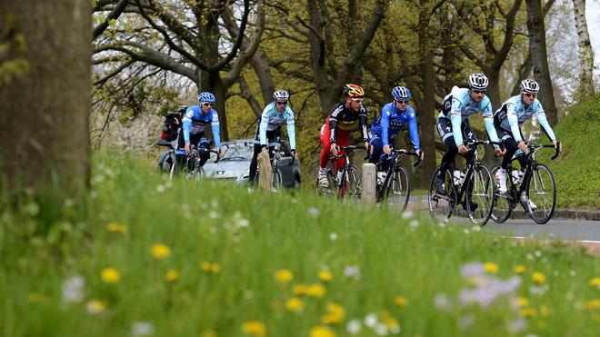 (From L To R)  Belgian Cyclists Sep Vanmarcke, Kevin De Weert, Philippe Gilbert, Nick Nuyens, Tom Boonen And Dries AFP/Getty Images