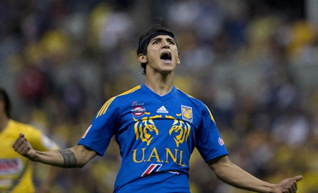 Mexican football star Alan Pulido was snatched by armed men as he returned from a party, his family said