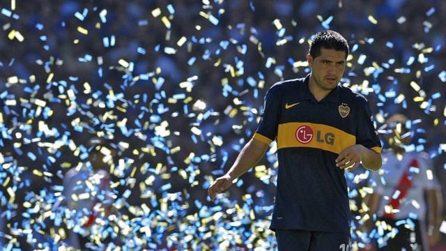 World Football - Boca welcome back Riquelme after walk-out