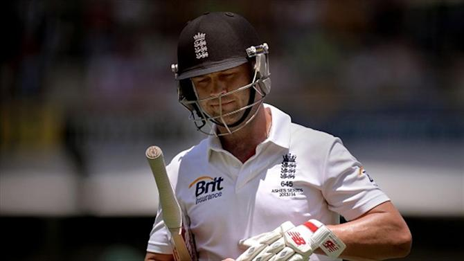 Cricket - Surprise comeback for Trott ends after seven balls