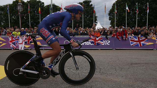 Armstrong retains Olympic TT gold