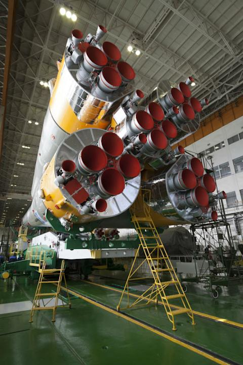 Expedition 34. Soyuz Assembly
