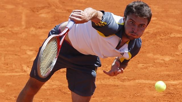Tennis - Simon suffers early exit in Monte Carlo