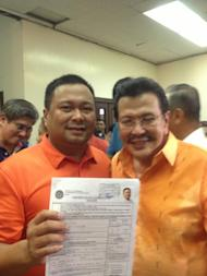 """San Juan Rep. JV Ejercito of PMP, meanwhile, proudly proclaimed he is a son of San Juan, but is """"para sa bayan."""" (Photo from his Fanpage)"""