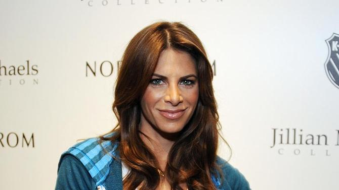 JillianMichaels-ApparelCollection041411