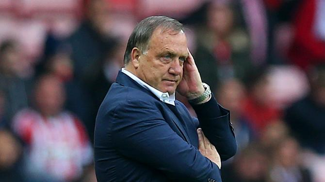 Advocaat refuses to give answers over future
