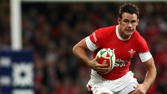 Rugby - Wales duo sign for Dragons