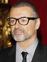 George Michael plays for doctors and nurses at Vienna comeback show