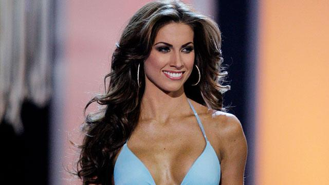 Katherine Webb Takes Web by Storm