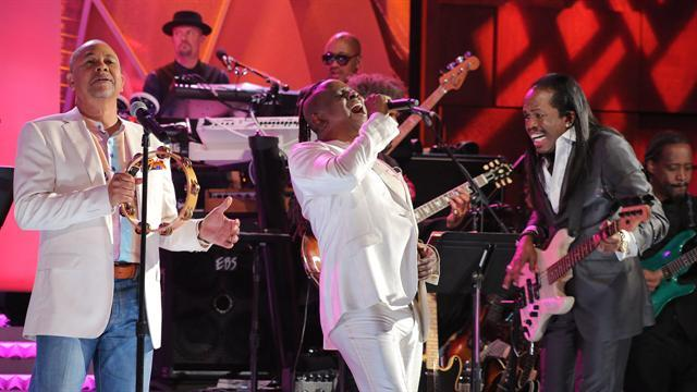 Online Encore: Earth, Wind & Fire Close Out The Show With 'September'