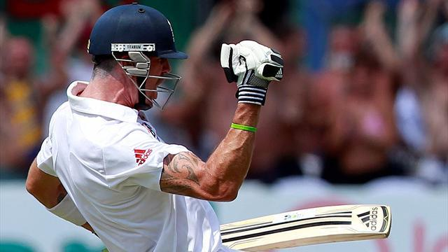 Cricket - Pietersen signs ECB contract