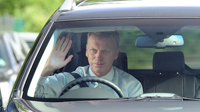 Soccer - David Moyes Arrives For Training - Carrintgon Training Centre