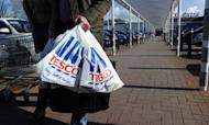 Carrier Bags: Shoppers Support 5p Charge