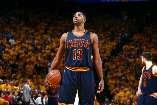 Cavs give offers to Thompson, Dellavedova, Shumpert