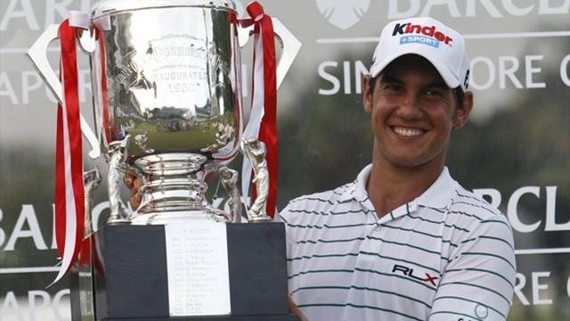 Golf - Manassero beats Oosthuizen in Singapore Open play-off