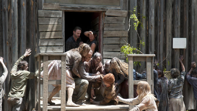 """""""The Walking Dead"""" -- """"When the Dead Come Knocking"""""""