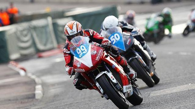Superbikes - Supertwins to join BSB support classes in 2014?