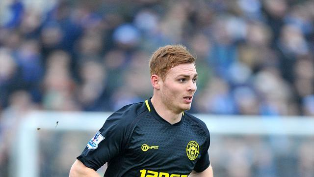 Championship - Fyvie makes Yeovil switch