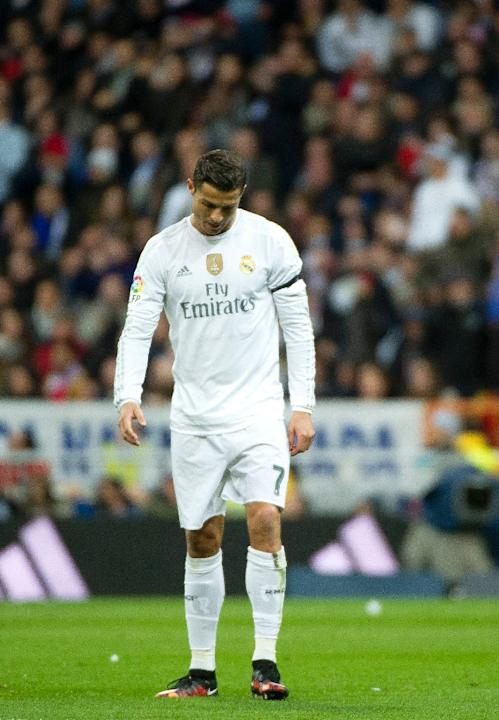 Real Madrid's title hopes hang by a thread as they are four points adrift of leaders Barcelona, who also have a game in hand