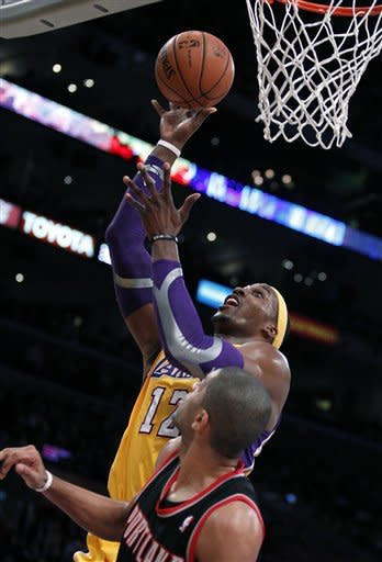 Surging Lakers rout Trail Blazers 104-87