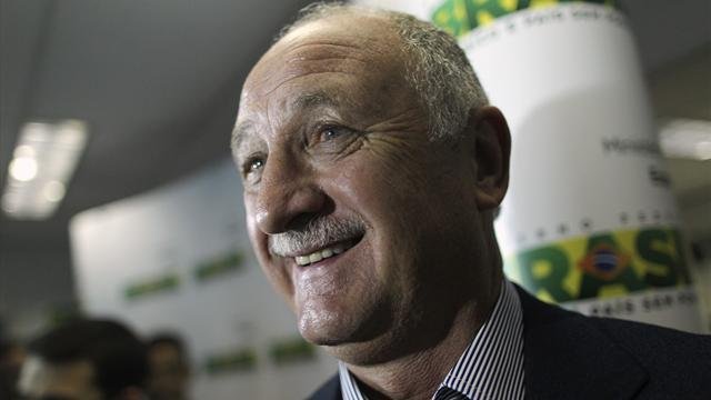 World Cup - 'Father figure' Scolari aims to build his new family