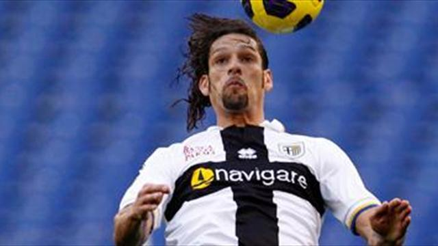 Serie A - Amauri considers Parma renewal