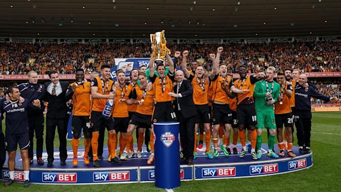 Championship - Wolves celebrate the League 1 title