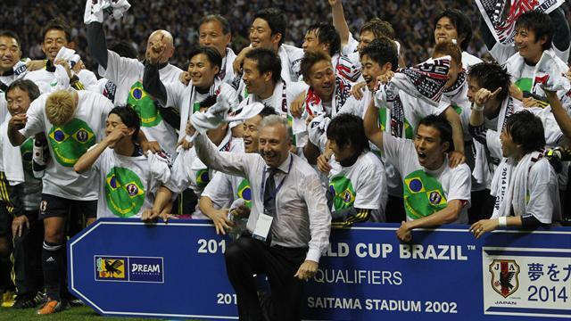 World Cup - Japan coach Zaccheroni backs winter World Cup in Qatar